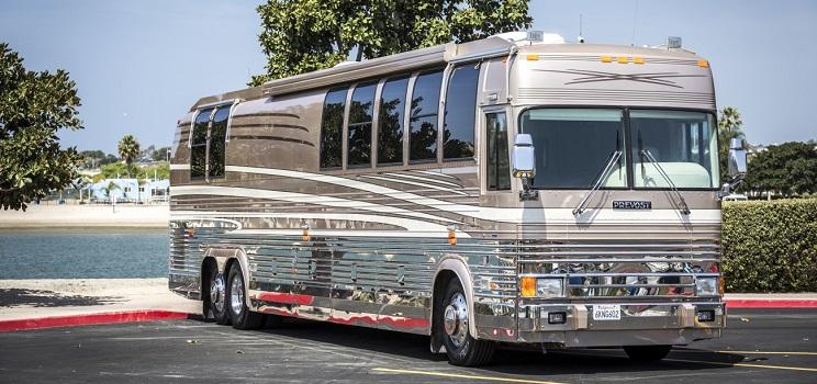 Prevost Motor Coach >> Prevost Bus Conversion In Orange County Premier Motorcoach